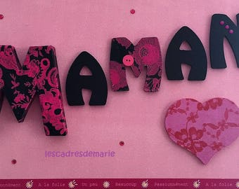 Frame personalized for the Moms at a party