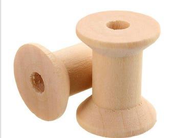 Set of 2 29 x 23 mm wooden spools