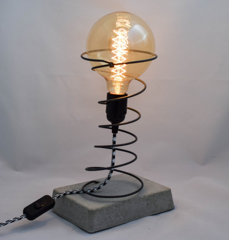 Lampe Design Industriel En Beton Ampoule A Filament Etsy