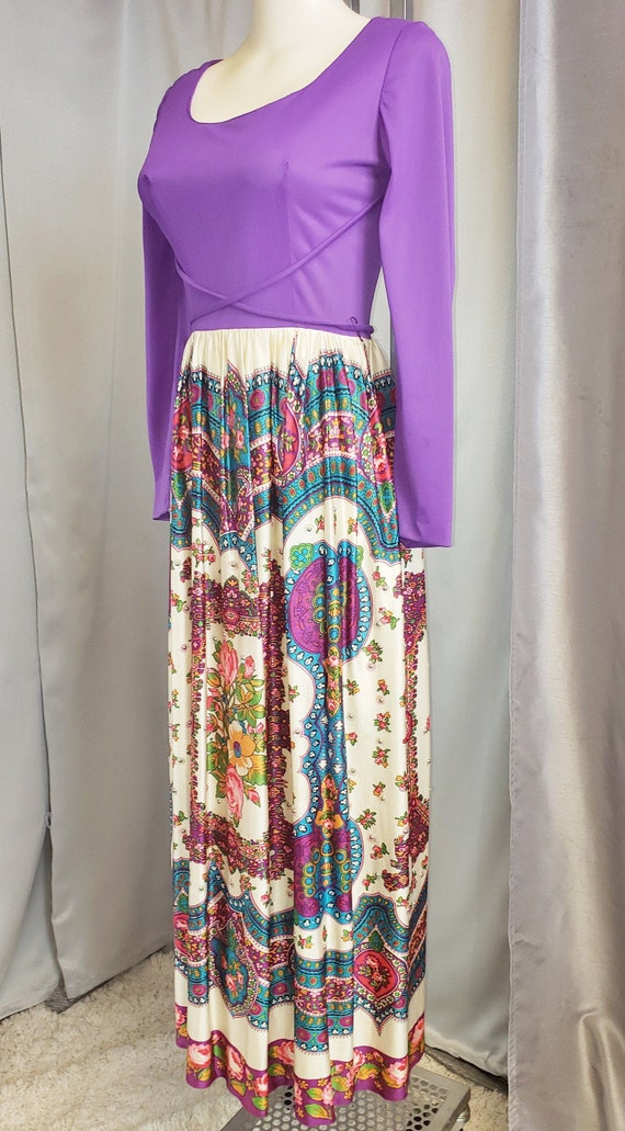 1970's Flower-Power Purple Maxi Dress