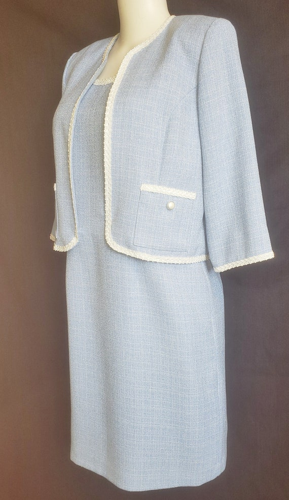 1960's Baby Blue Beautiful Spring & Summer Suit - image 3