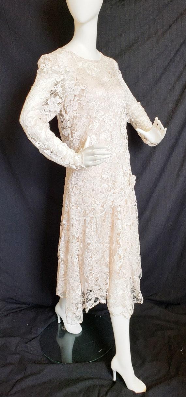 Roaring 20's Lace Flapper Dress - image 2