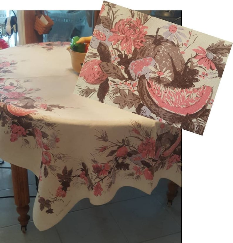 LINEN Luther Travis Tablecloth
