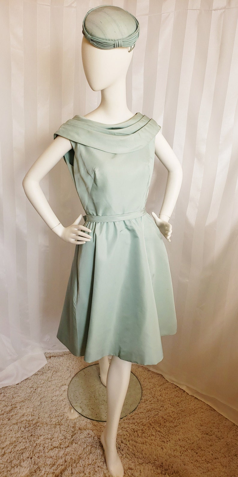 500 Vintage Style Dresses for Sale | Vintage Inspired Dresses Mid-Century