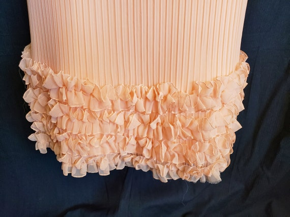 Ruffles & Pleats a'Plenty Peach Gown - image 8