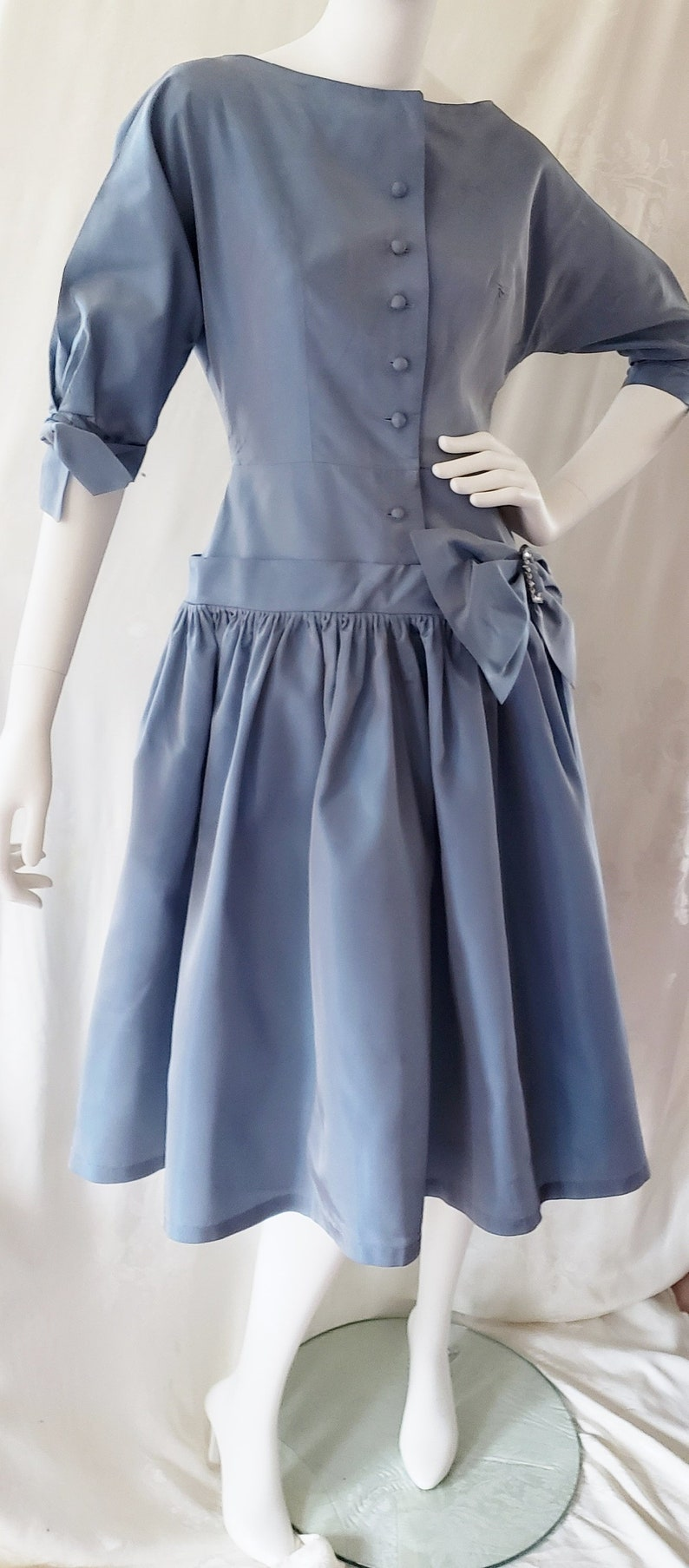 1950s Dresses, 50s Dresses | 1950s Style Dresses Oh So CHIC Blue 1950s Party Dress SophisticatedLaRue $78.00 AT vintagedancer.com