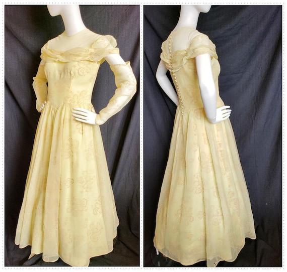 1930's Golden Irresistible IRIS Formal and Gauntl… - image 1