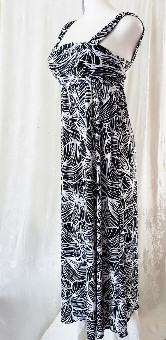 Black & White Maxi SUMMER Dress  1960's