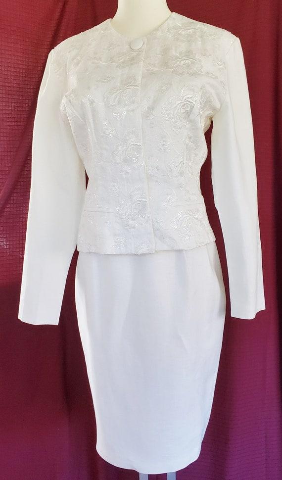 JESSICA McCLINTOCK White, Formal Suit    1970's