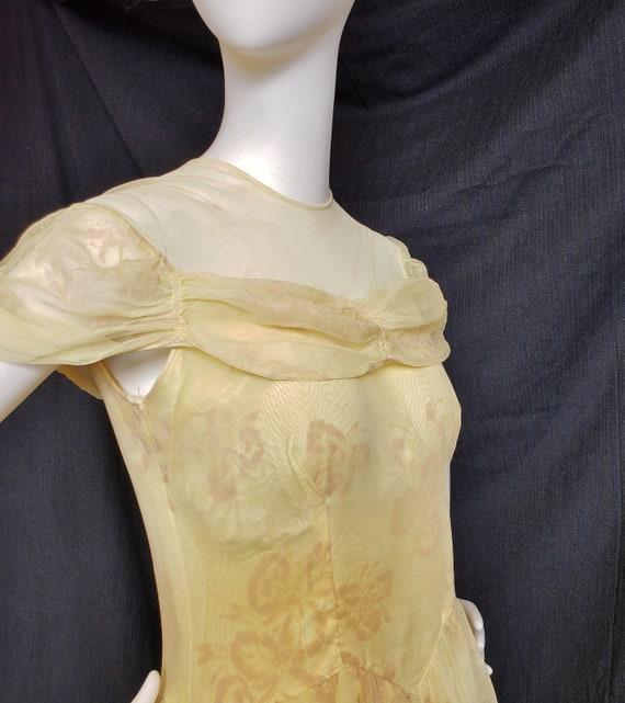 1930's Golden Irresistible IRIS Formal and Gauntl… - image 3