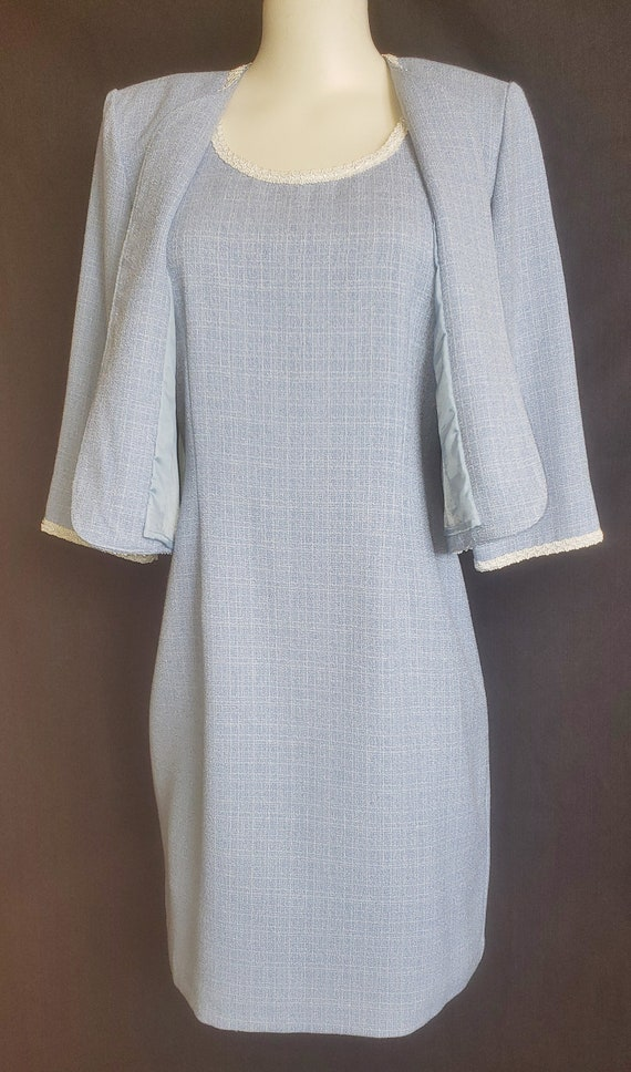 1960's Baby Blue Beautiful Spring & Summer Suit - image 7