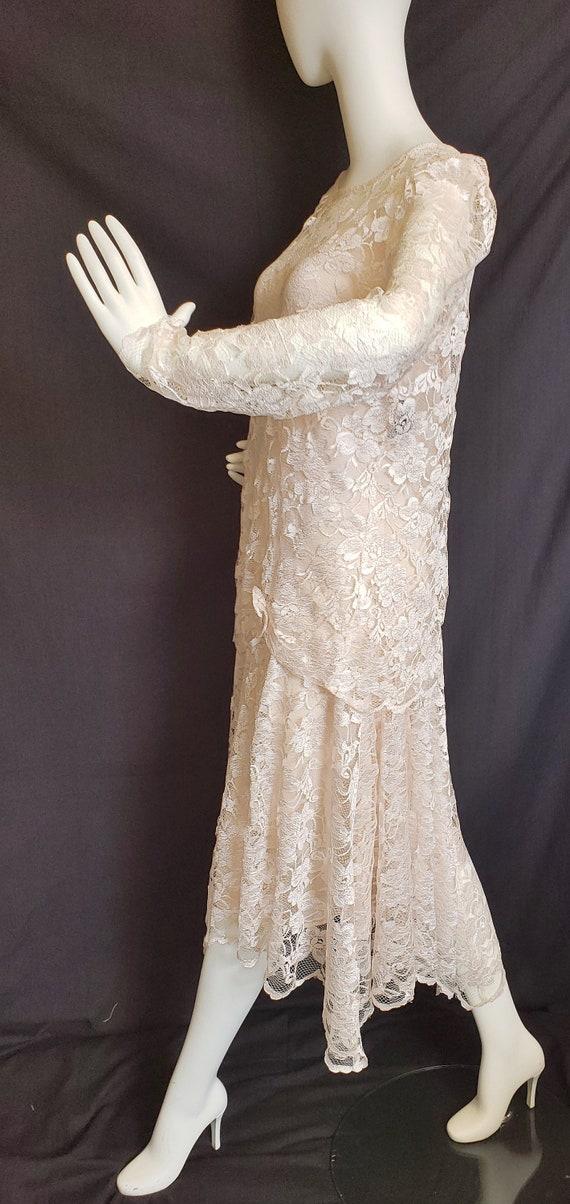 Roaring 20's Lace Flapper Dress - image 6
