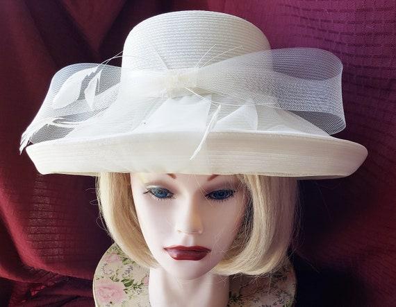 Simmering, Sumptuous Summer Hat