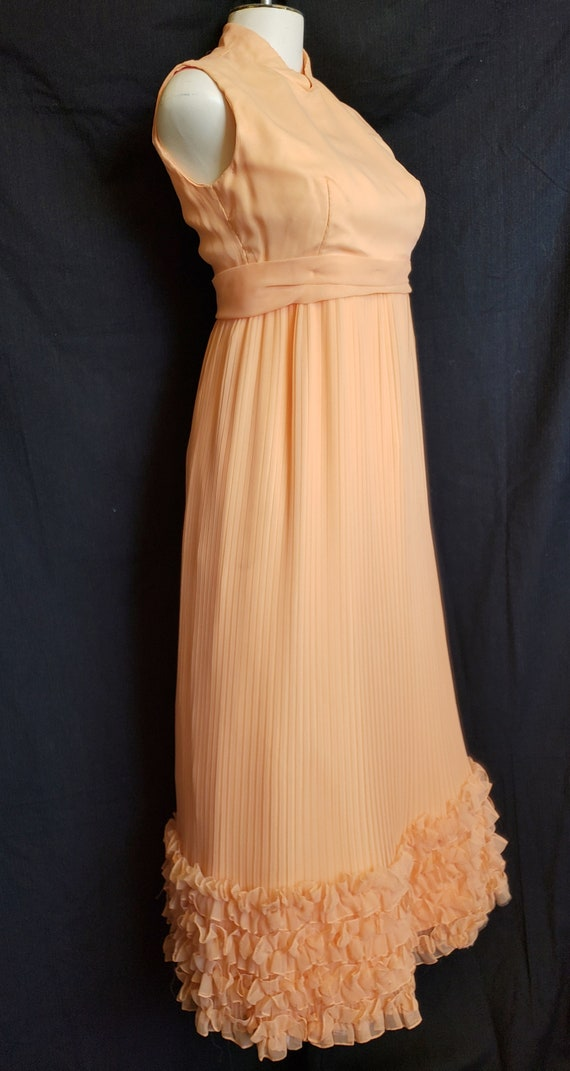Ruffles & Pleats a'Plenty Peach Gown - image 6