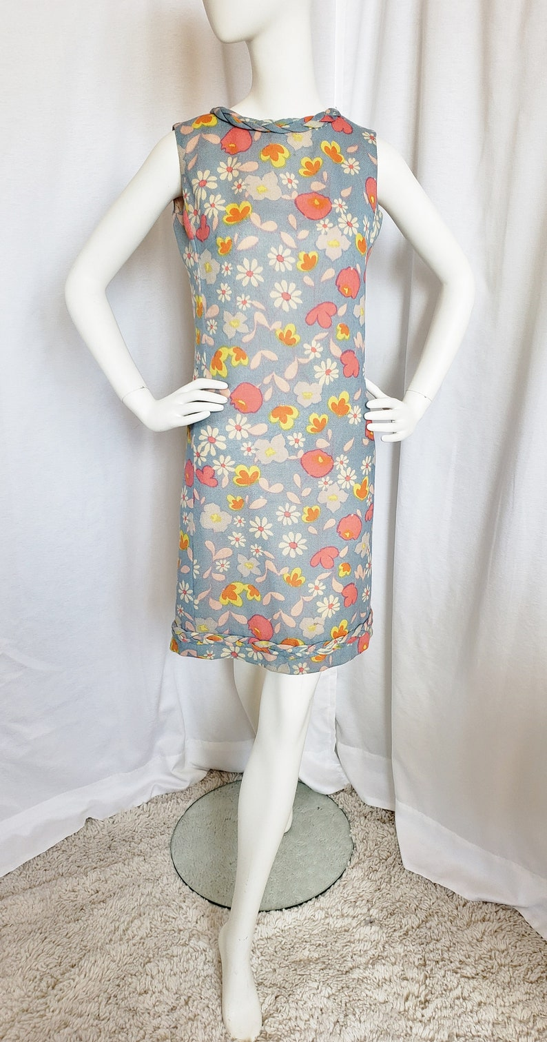 500 Vintage Style Dresses for Sale | Vintage Inspired Dresses 70s PECK & PECK Flower Power MOD 1970s Dress SophisticatedLaRue $76.00 AT vintagedancer.com