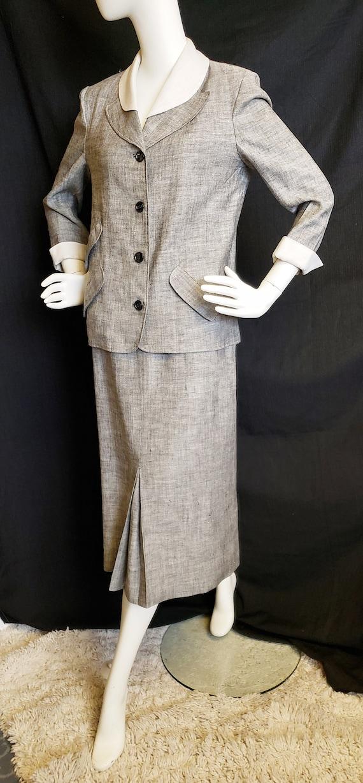 Irish Linen Ladies Suit - Mid-Century  1950's - image 3