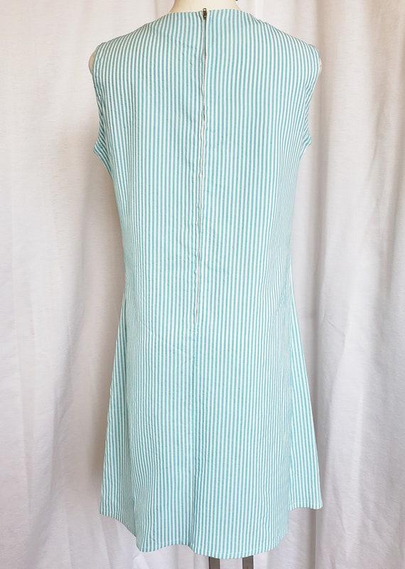 Daisies & Seersucker Summertime Day Dress  1960's - image 6