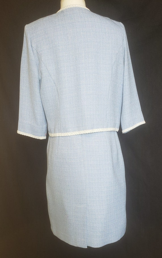 1960's Baby Blue Beautiful Spring & Summer Suit - image 5