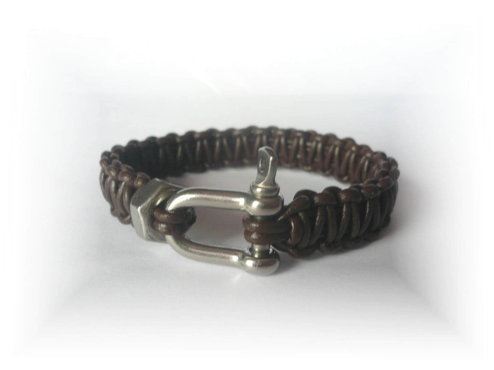 bracelet homme cuir bracelet cuir marron f tes des p res. Black Bedroom Furniture Sets. Home Design Ideas