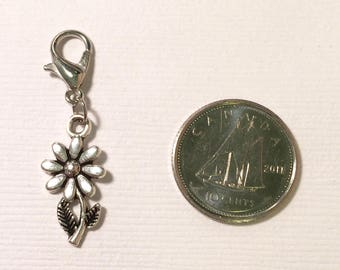 Daisy charm - flower charm - country life charm - antiqued silver tone charm