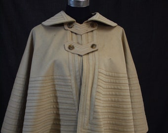 1890s wool capelet
