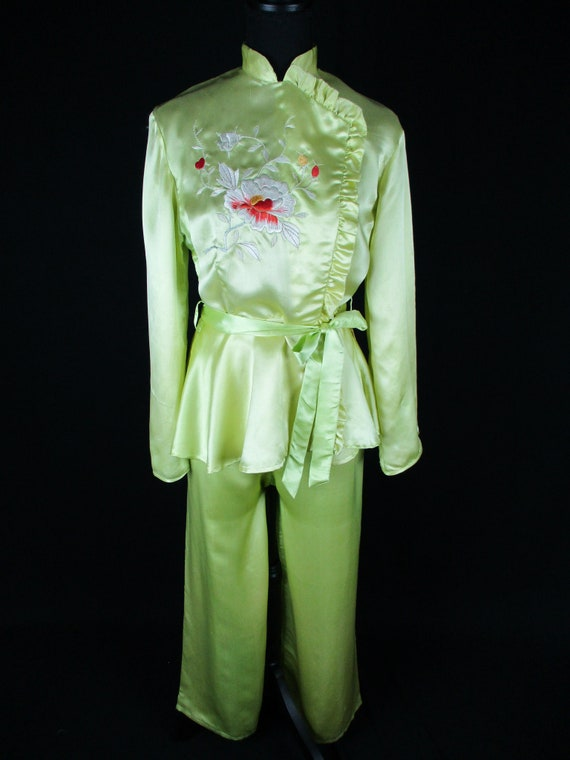 1950s L Yellow Silk Satin Pajama Set, Sweetheart S