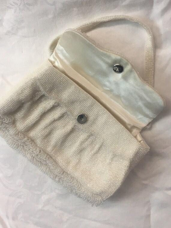 1950s Small white satin evening handbag beaded wi… - image 6