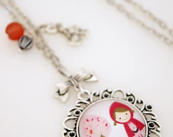 VINTAGE SMALL RED - SA003 RIDING HOOD NECKLACE