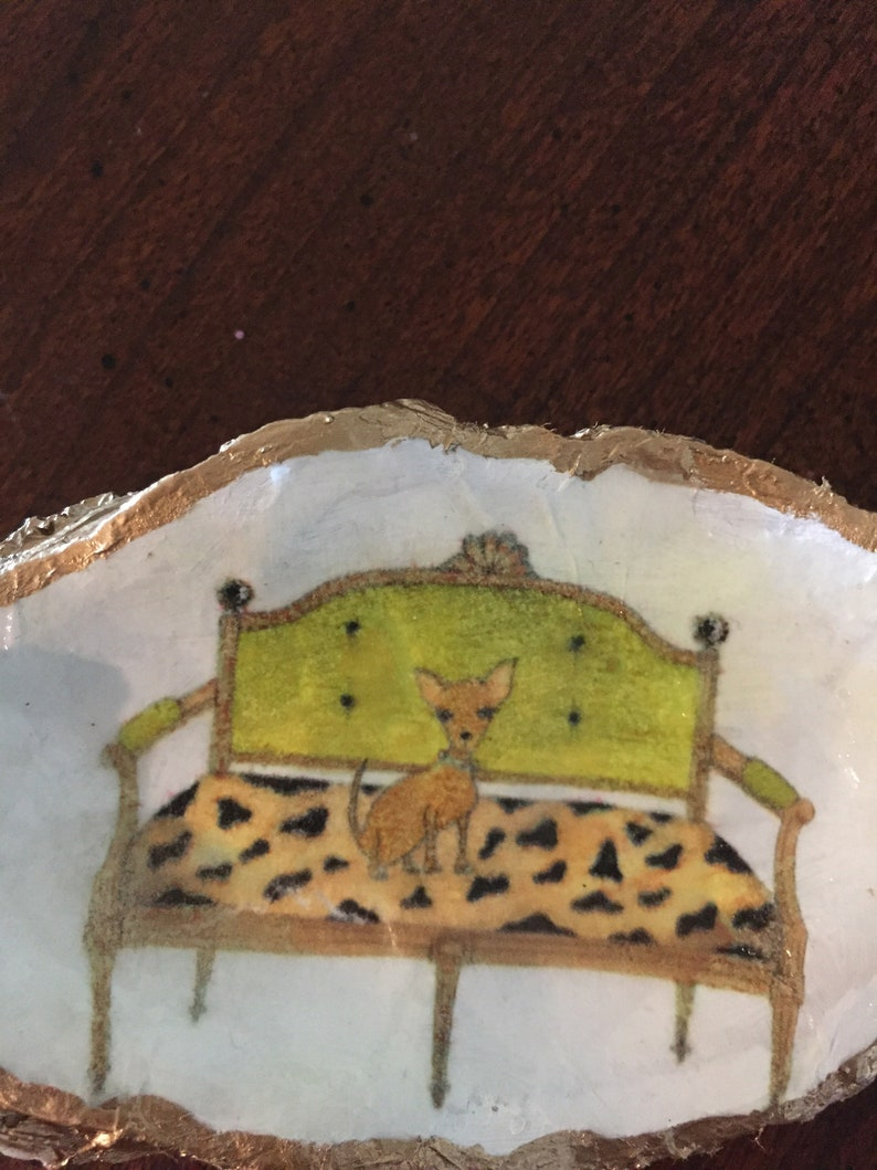 Oyster Shell ring dish ornament paper weight chihuahua on settee