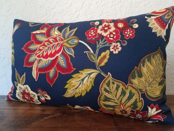 Cotton pillow covers. Floral pillow