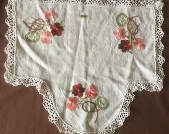 Doily Antique handmade linen table cloth or curtain. Vintage doily Napperon ancien