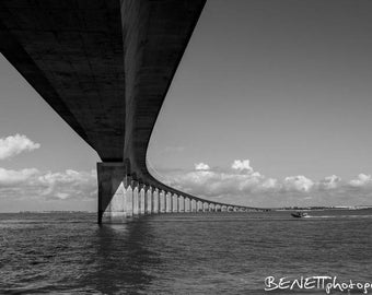 Re size 20x30cm Island Bridge photography