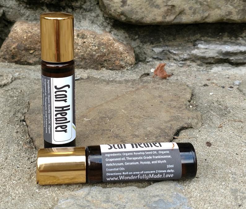 SCAR HEALER / cuts / scrapes / surgery / fine lines / wrinkles / dark spots  / skin imperfections / essential oils