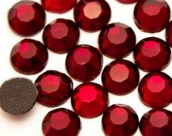 Rhinestone, fusible, rhinestones fusible red 4mm - 15 rhinestone bag