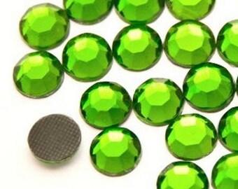 Rhinestone, fusible, rhinestones fusible Green 5mm - 10 rhinestone bag