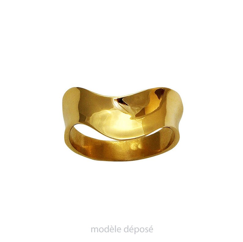 BAGUE VAGUES yellow gold version. Contemporary jewellery image 0