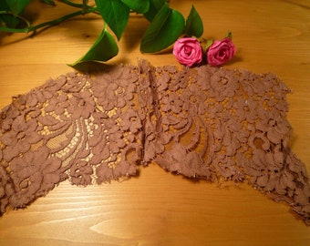 Beautiful old lace Brown 28 * 8 cm