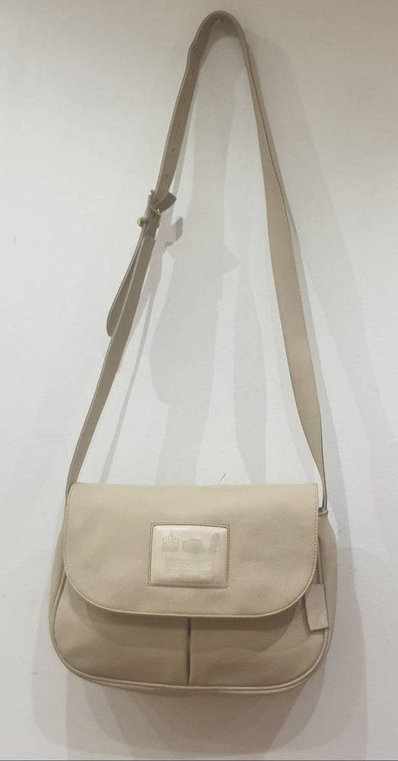 Fendi Fendissime vintage beige leather shoulder ba