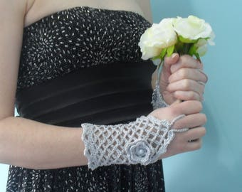 Silver Grey Crochet Bridal Lacy Finger-less Gloves