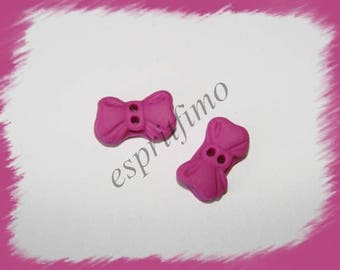 """Fuchsia knot"" button Fimo"