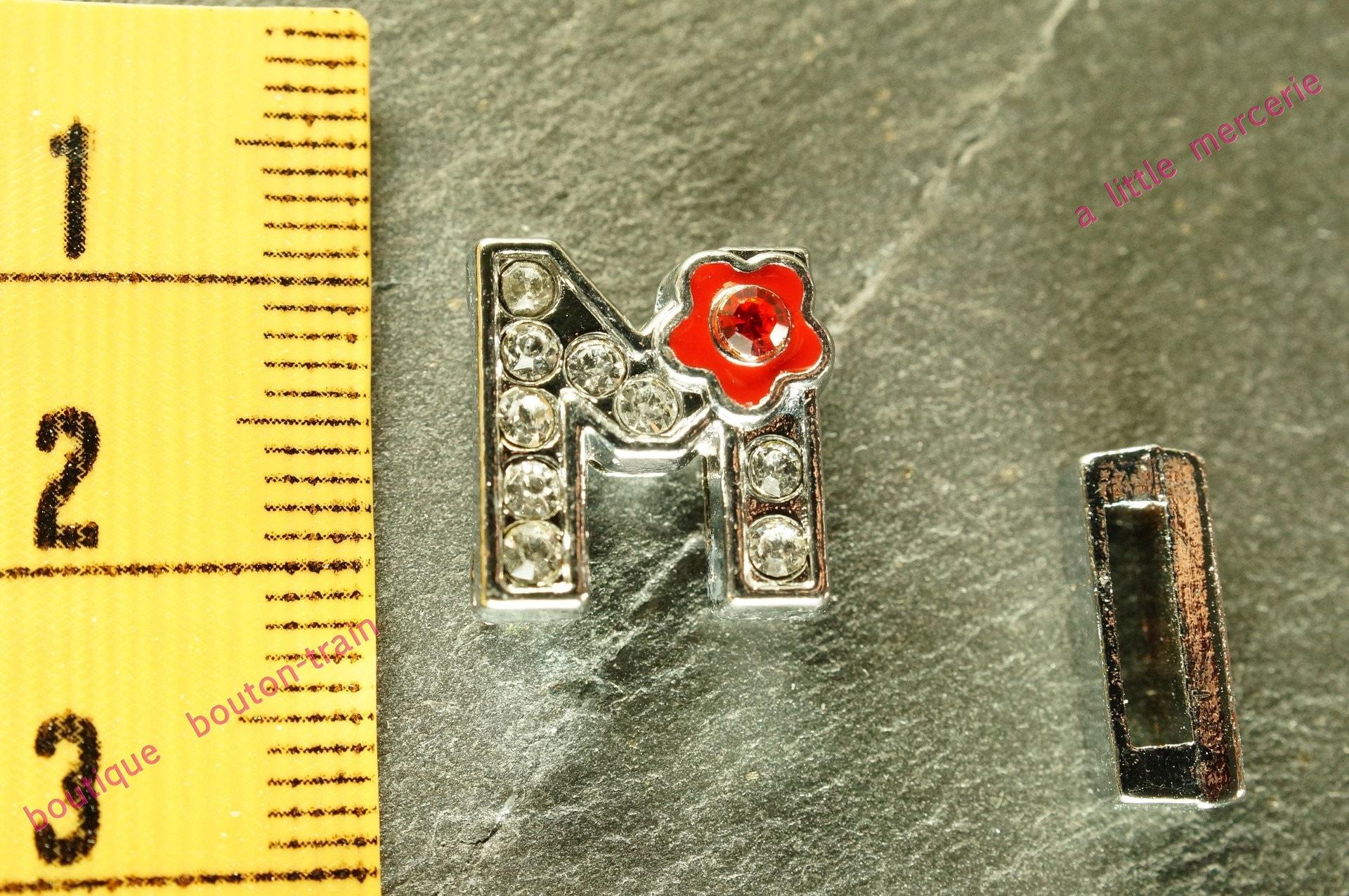 perle M fleur fleur fleur N1 lettre passante pour bracelet 584f93