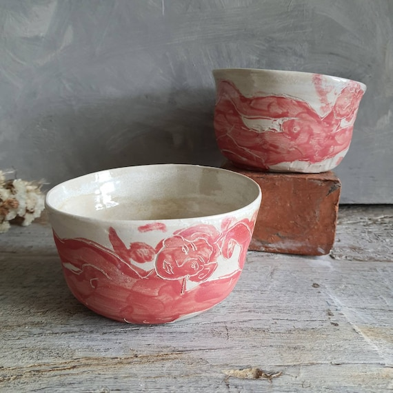 Lot de deux grand bol artisanal en poterie dessin de femme dessin art rouge et blanc grand bol céramique