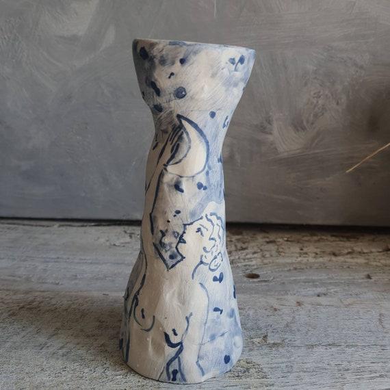 Bougeoir chandelier artisanal en poterie dessin de femme portrait lune poterie bleue et blanche