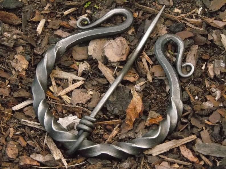 medieval garb WMK03 Viking ring fibula Iron fibel
