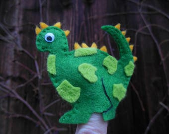 Finger puppets: nice green dinosaur