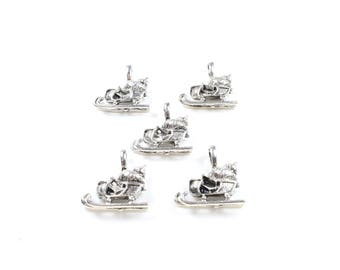 5 charms in silver color Metal sleigh approximately 20 x 20mm * Christmas Deco *.