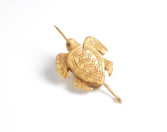 Turtle pearl natural bone, artisanal, unit- 26 x 26 x 8mm LBP00408