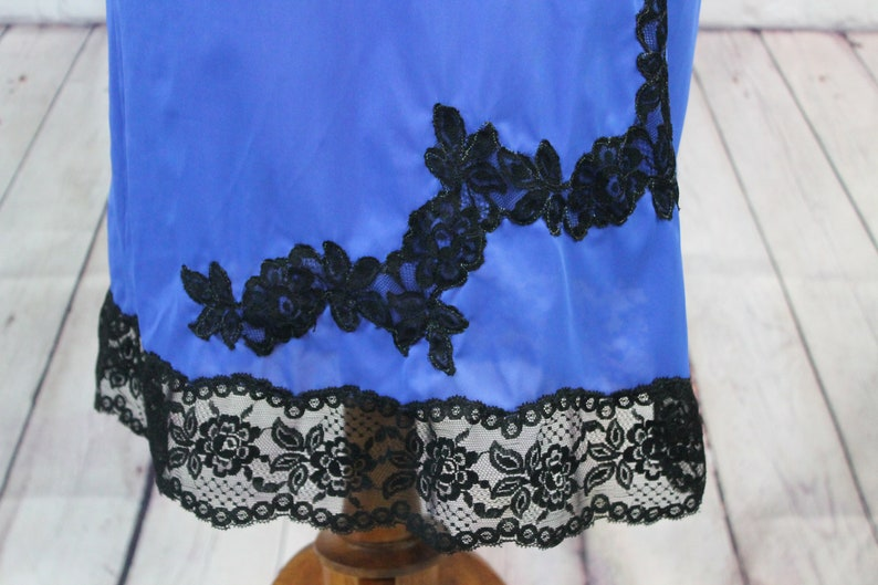 silky royal blue with black lace Blue Lacey half Slip| size small 1970 Seamprufe | satin