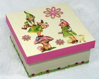 "Secret ""Elves and pirouette"" wooden box"