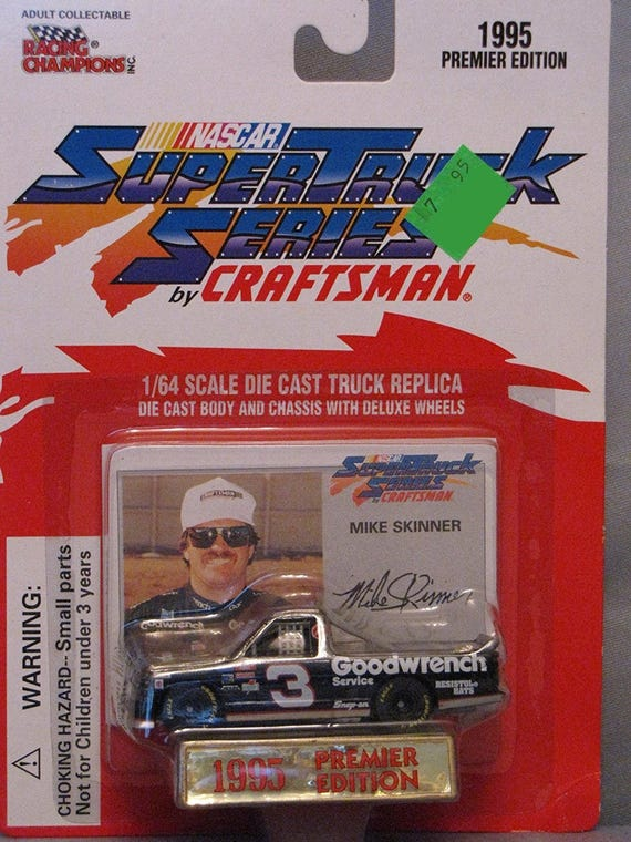 Mike Skinner Goodwrench #3 Diecast camion et carte de course collection